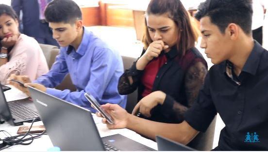 Youthlinks mentorías para jóvenes promoviendo inserción laboral